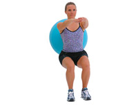 wall ball squats with swiss exercise ball start